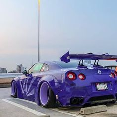 Purple Haze 💜 LB☆GTR #R35 ---------------------------------------------------------------------------------- Liberty Walk | @libertywalkkato 自由に歩く!!! Photo 📸 | @niko0813 Owner 🚘 | @niko0813 Skyline Gt, Nissan Skyline, Liberty Walk Gtr, Car Volkswagen, Purple Haze, Jdm Cars, Custom Cars, Walking, Australia