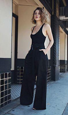 Bodysuit com calça pantalona em look total black