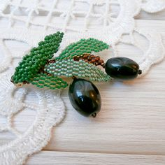 Olive branch brooch leaf nature beaded jewelry exclusive