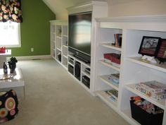 I could really use all those built in's in my play room