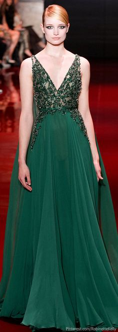 We're loving this Emerald Green Ellie Saab dress! More like this at prom-dresses-uk.com