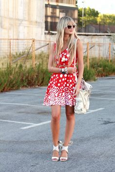 Polka Dots in flirty Red and White