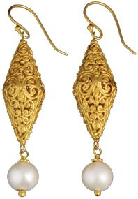 The Met Store - Scrolling Vine Filigree Linear Earrings