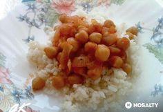 Paradicsomos csicseriborsó pörkölt | NOSALTY Grains, Rice, Food, Essen, Meals, Seeds, Yemek, Laughter, Jim Rice