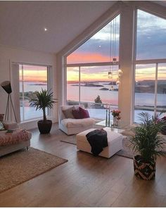 Low Budget Home Decorating Can Really Give Your Home a Lift Dream Home Design, Home Interior Design, My Dream Home, House Design, Luxury Interior, Room Interior, Norwegian House, Aesthetic Room Decor, City Aesthetic