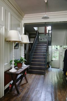 Georgian Townhouse, Georgian Homes, Georgian Buildings, Hall Flooring, Hallway Inspiration, Vintage Interior Design, Hallway Designs, Grey Houses, House Stairs