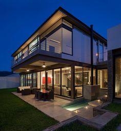 Casa Valle Encantado / H+LA