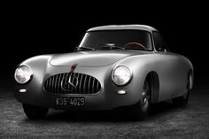 Stylish Mercedes SL 1952