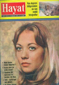 Itır Esen 1976
