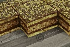 Sweets Recipes, No Bake Desserts, Delicious Desserts, Cake Recipes, Romanian Desserts, Romanian Food, Desserts With Biscuits, Layered Desserts, Dessert Bars