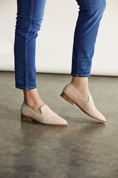 Have Womens Shoe Fashion -Must Have Womens Shoe Fashion - Frannie Burnished Tassel Flats-Leather - Talbots Seychelles Tigers Eye Suede Loafer in Taupe Cute Shoes, Me Too Shoes, Women's Shoes, Dressy Shoes, Shoes Style, Flat Shoes, Oxford Shoes, Shoes Jordans, Shoes Men