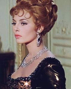 Hollywood Glamour, Hollywood Actresses, Celebrity Pictures, Celebrity Style, Impératrice Sissi, Michelle Mercier, Face Icon, Disney Cosplay, Brigitte Bardot