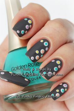 Grey Spotty nails by www.funkyfingersfactory.com