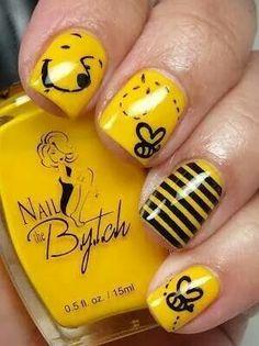 Winnie the Pooh Nails! im up 4 any disney nails ! Fancy Nails, Pretty Nails, Nails For Kids, Kid Nails, Minion Nails, Cute Nail Art, Cute Nail Designs, Creative Nails, Mellow Yellow