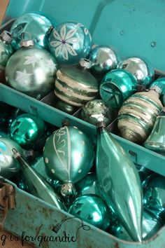 Vintage glass ornaments in old toolbox ---- aqua theme - This year I'm having a blue Christmas, aqua blue that is. It's one of my favorite colors, so why not use it for Christmas too? My friend/co-worker/Carriage House sale partner Sue gave … Antique Christmas Ornaments, Christmas Past, Vintage Ornaments, Retro Christmas, Vintage Holiday, Christmas Crafts, Christmas Decorations, Glass Ornaments, Xmas
