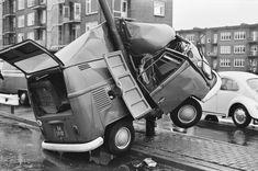 Not Good. VW Bus Crash