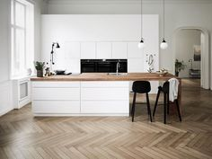 Mano Kitchen + Bathroom by Kvik : Launched in Scandinavian kitchen company. Mano Kitchen + Bathroom by Kvik : Launched in Scandinavian kitchen company Kvik was founded i Home Decor Kitchen, New Kitchen, Home Kitchens, Home Interior, Kitchen Interior, Interior Design, Interior Blogs, Scandinavian Kitchen, Scandinavian Style