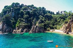 Top 20 Costa Brava hidden places, the secret places – 2020 World Travel Populler Travel Country Hidden Places, Secret Places, Places To Travel, Places To Go, Harbor Beach, Places In Spain, Beach Vibes, Secluded Beach, Hidden Beach