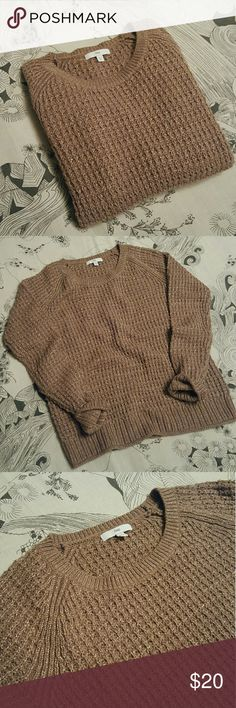 """Gap Metallic Pullover Sweater *EUC, worn barely twice*  Modern widened crew neck Soft taupe with gold metallic thread Acrylic, Wool, Polyester, Nylon blend 22"""" Shoulder to hem 18"""" Across the bust  Relaxed fit  No trades, just selling. Thank you! GAP Sweaters Crew & Scoop Necks"""