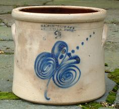 cobalt blue line stoneware | ... stoneware crock new haven ct s l pewtress and co stoneware crock new