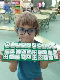 22 Atividades para ensinar os números - Aluno On Numbers Preschool, Preschool Learning, Kindergarten Math, Teaching Math, Math For Kids, Fun Math, Math Games, Toddler Learning Activities, Classroom Activities