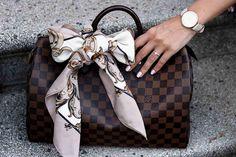 Louis Vuitton Speedy 35 in damier ebene, Scarf, Carré, Tuch, Schleife #purse #leather