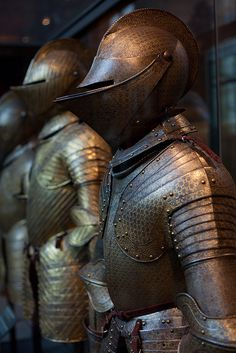 Armors in the army museum of Paris