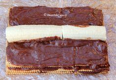 Prajitura cu biscuiti si banane - Desert De Casa - Maria Popa Allergies, Rum, Deserts, Cookies, Paste, Food, Recipes, Cook, Crack Crackers