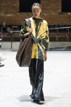7 Top Trends From the New York Fall 2019 Runways - Fashionista Fashion Weeks, Fashion 2020, New York Fashion, Runway Fashion, Street Fashion, School Fashion, Fashion Online, Mens Fashion, Tie Dye Fashion