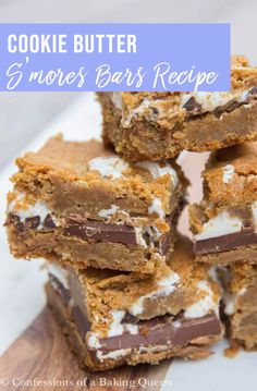 Cookie Butter Smores Bars Chewy Brown Sugar Blondies are topped with Cookie Butter, Chocolate, Marshmallow Fluff more Cookie Butter then topped with more Chewy Blondie on top. You won't be able to put these Cookie Butter S'mores Bars down! Tiramisu Dessert, Dessert Bars, Smores Dessert, Gourmet Recipes, Sweet Recipes, Baking Recipes, Cookie Recipes, Bar Recipes, Cookie Desserts