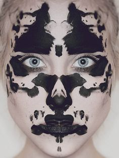 Facing the Shadow Self (Rorschach ink blot make up) Maquillage Halloween, Halloween Makeup, Party In Berlin, Makeup Black, Rorschach Test, See Tattoo, Art Visage, Photo Portrait, Artistic Make Up