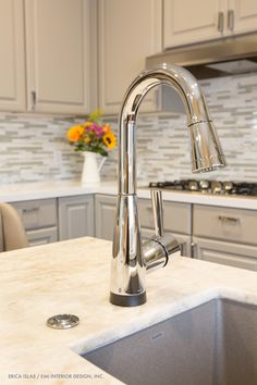 Attirant The Solna Faucet By Brizo In A Matte White Finish Stands As An Unexpected  Focal Point In The Kitchen. | Kitchens | Pinterest | Faucet, Kitchen Faucets  And ...