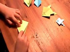 Origami: paper frogs made easy «The Angelones – the honest and useful … - DIY Origami Diy Origami, Origami Paper, Recycling, Make It Simple, Easy, Frogs, Paper, Origami Frog, Sustainable Ideas
