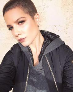 ashleyisblue:  shaved my head i'm blooming.