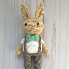 Mesmerizing Crochet an Amigurumi Rabbit Ideas. Lovely Crochet an Amigurumi Rabbit Ideas. Crochet Cow, Crochet Eyes, Crochet Snowman, Crochet Amigurumi Free Patterns, Crochet Dolls, Crochet Yarn, Easy Crochet, Free Crochet, Crochet Zebra