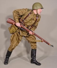 """""""Soviet infantry late and early cold war uniform style Soviet Army, Soviet Union, Military Insignia, Military Army, Ww2 Uniforms, Military Uniforms, Camouflage, Military Action Figures, Army Uniform"""
