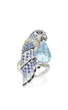 Shop Nuri The Parrot White Gold And Aquamarine Ring. With 160 years of history, the collection of Animals by **Maison Boucheron** showcases exceptional craftsmanship through various wildlife with symbolic virtues and traits. Bird Jewelry, Animal Jewelry, Jewelry Art, Fashion Jewelry, Women Jewelry, Jewellery, Diamond Pendant Necklace, Diamond Jewelry, Aquamarine Rings