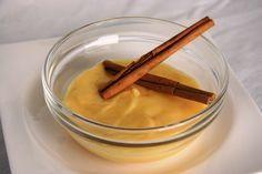 Fácil a rabiar la crema pastelera sin huevo, sin leche y sin gluten. Incluso se puede preparar (si quieres) en el microondas!!!!