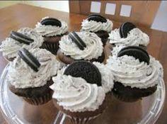 Oreo ,Cookies n' Cream Cupcakes !! Mmm