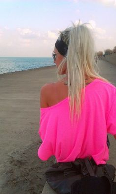 Off-the-shoulder, neon pink shirt ♥