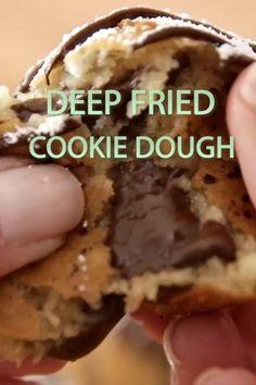Deep Fried Desserts, Deep Fried Recipes, Desserts Keto, Homemade Desserts, Dessert Recipes, Deep Fried Foods, Beef Recipes, Deep Fried Cookie Dough, Best Sugar Cookie Recipe