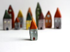 modeling clay houses