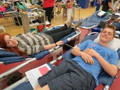 Congratulations to Wayne High School! Wayne's final blood drive of the school year Monday, April 29 registered 155 students, including 50 first-time donors, & produced 113 blood donations for 98% of the collection goal. Previous blood drives were held in October and February. For the school year, Wayne's three blood drives totaled 432 registrations & 351 units donated for an average of 108% of the collection goal.