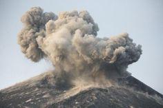 May 21, 2008 - Ash (Grey) cloud from strong Strombolian / Vulcanian eruption of Anak Krakatau volcano, Sunda Strait, Java, Indonesia Poster Print (34 x 23)