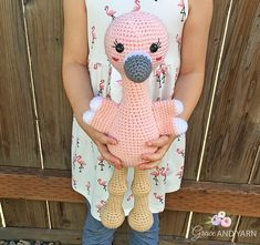 Free Crochet Flamingo Pattern - Grace and Yarn - Amigurumi Flamingo Pattern, Crochet Flamingo, Crochet Cow, Crochet Gratis, Crochet Patterns Amigurumi, Cute Crochet, Crochet Animals, Easy Crochet, Crochet Roses