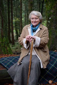 Beatrix Potter with Patricia Routledge: Charming Documentary Coming to Public TV Stations Old Film Stars, Movie Stars, British Actresses, British Actors, Comedy Actors, Actors & Actresses, Detective, Film Doctors, Keeping Up Appearances