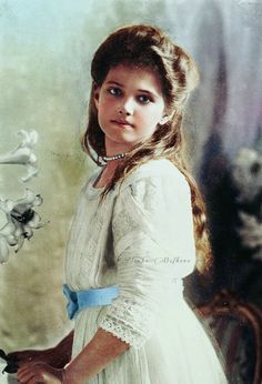 """""""Her Imperial Highness Grand Duchess Maria Nikolaevna of Russia (1899-1918), third child and daughter of the last Emperor, posing for a formal portrait, 1910  """""""
