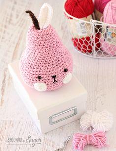 Crochet Pear design by Tournicote