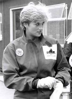 Princess Diana, ready to go into the field to learn about the monstrous threat of the landmines left behind, still armed, & placing children at play at the greatest risk. Diana has always been a very brave woman in my mind. An exceptional lady who grew up before our very eyes, who was crazy about her own two boys & became a great mother & a great lady of our time.