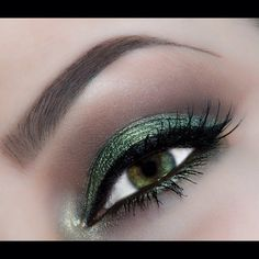Green sheen by Lindsay L. Click the pic to see the products she used. #eyemakeup #YouCanDoThisBeauty